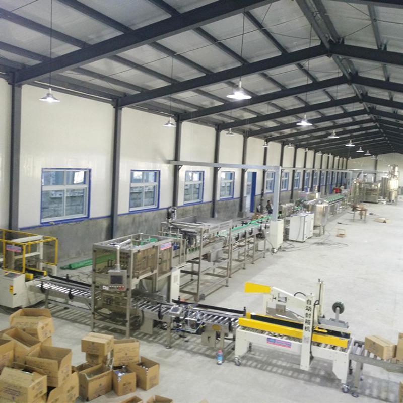 厂家直销 全自动PET瓶啤酒灌装机 三合一体机矿泉水生产线灌装机