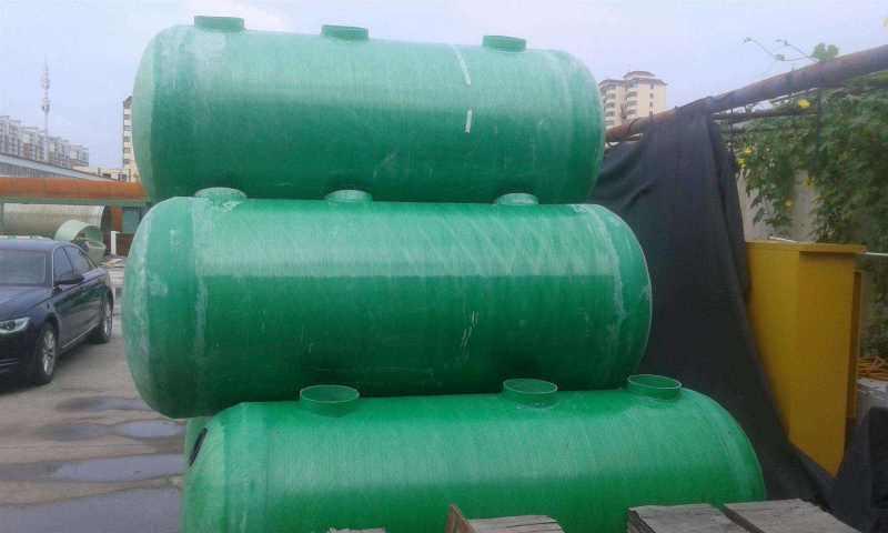 新农村旱厕改造  玻璃钢化粪池 家用农村化粪池