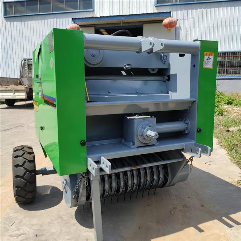 牵引式秸秆粉碎打捆机,小四轮玉米秸秆粉碎机