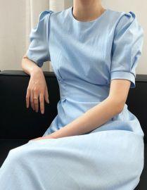 泡泡袖收腰連衣裙女夏2020新款法式小黑裙優雅溫柔裙子166