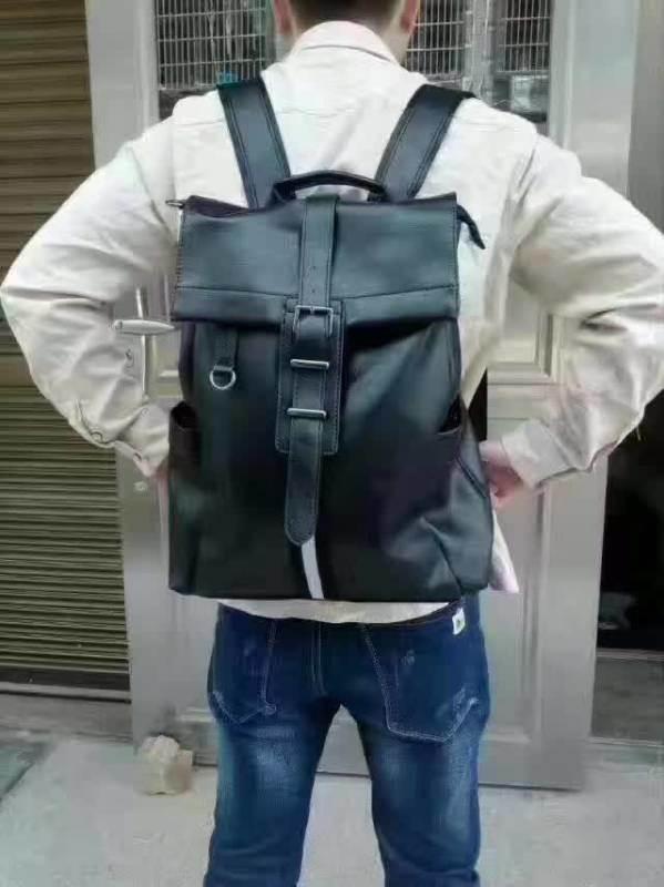 跑江湖地攤庫存雙肩包PU皮批發
