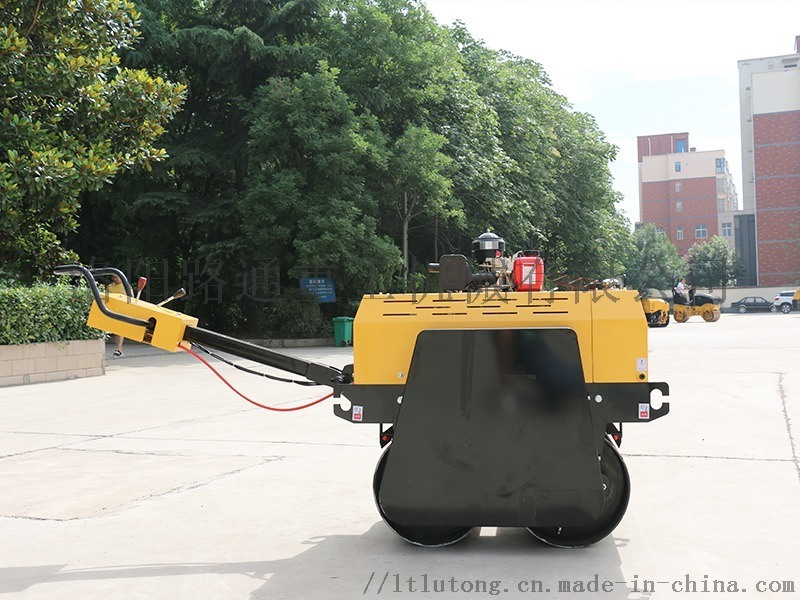 0.6吨双钢轮压路机路通压路机全液压压路机