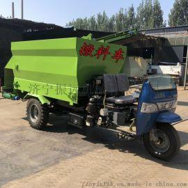 电动牛场喂料车 养猪饲料撒料车 牛场三轮撒料车