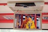 欧视卡15.6寸吸顶高清播放器汽车用显示器大巴电视