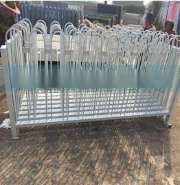喷塑市政护栏网 道路隔离交通护栏 小区别墅阳台锌钢护栏现货直销