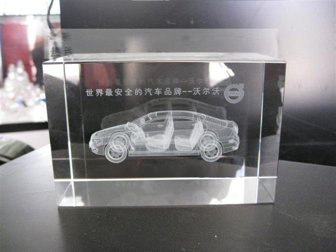 水晶方体内雕定做,汽车模型内雕定做,4S店水晶纪念品