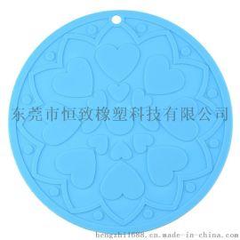 定制硅胶18cm餐垫 食品级硅胶桃心花纹隔热垫