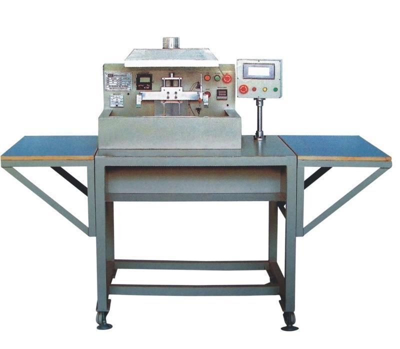 整排式焊锡机(SLDM-O3I)