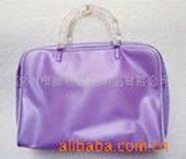 专业定做pvc夹链袋,化妆包,礼品包