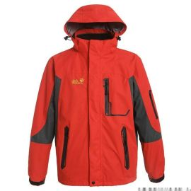 可脱卸防雨保暖冲锋衣