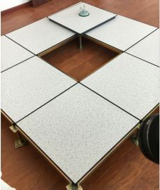 安装沈飞防静电地板好处-黑龙江机房地板建议用PVC贴面