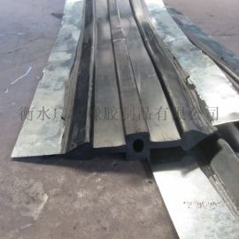 中埋式钢边止水带A泰来县中埋式钢边止水带厂家