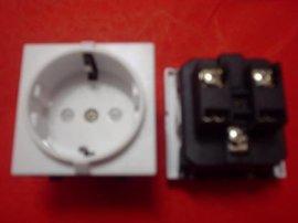欧规德标欧式16A欧规输出AC电器插座(RG-02)
