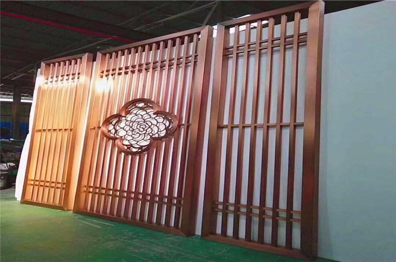 仿古隔断铝门窗 佛寺古色木纹铝门窗