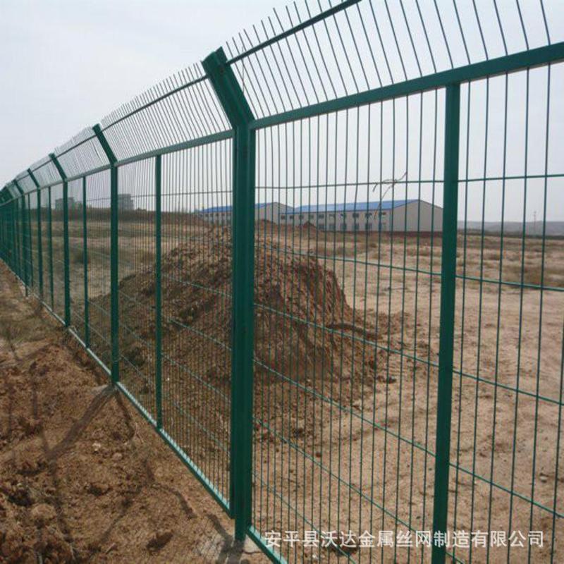 厂家供应防攀爬边框网围栏 围栏防护网 发电厂护栏网栅栏
