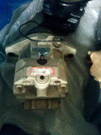 三一压路机行走马达供应维修力士乐柱塞泵马达供应维修
