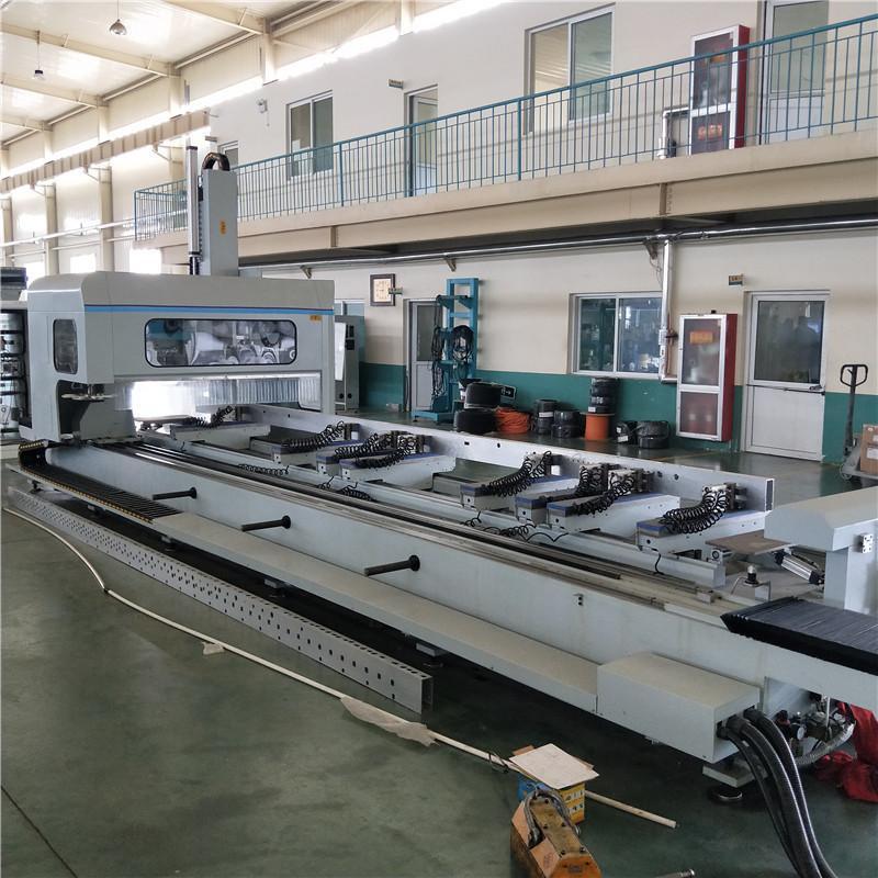 轨道交通加工设备工业铝加工设备铝型材数控加工中心