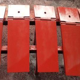 鄭州地鐵洞門密封折頁壓板 翻板 噴紅色防鏽漆防腐蝕