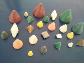 15*15三角形/圆锥形白色树脂研磨石石