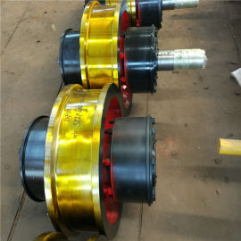 防啃轨天车轮φ400*150单边主动车轮组
