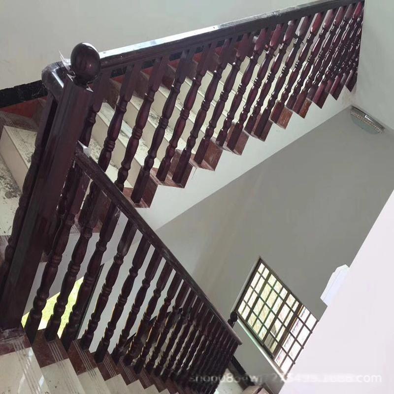 厂家定做仿木纹铝方通扶栏木纹楼梯扶手免费拿样