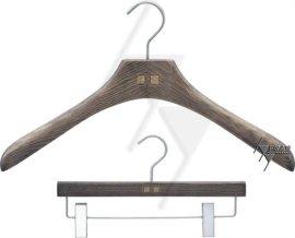 广东东莞女装服饰衣架,木衣架