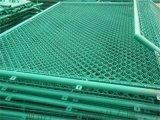 球場圍網體育場包塑日字菱形操場鋼絲隔離防護圍網
