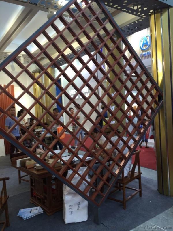 古镇四合院大堂仿古铝屏风 现货直供仿古铝屏风