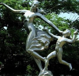东莞人物不锈钢雕塑生产厂家