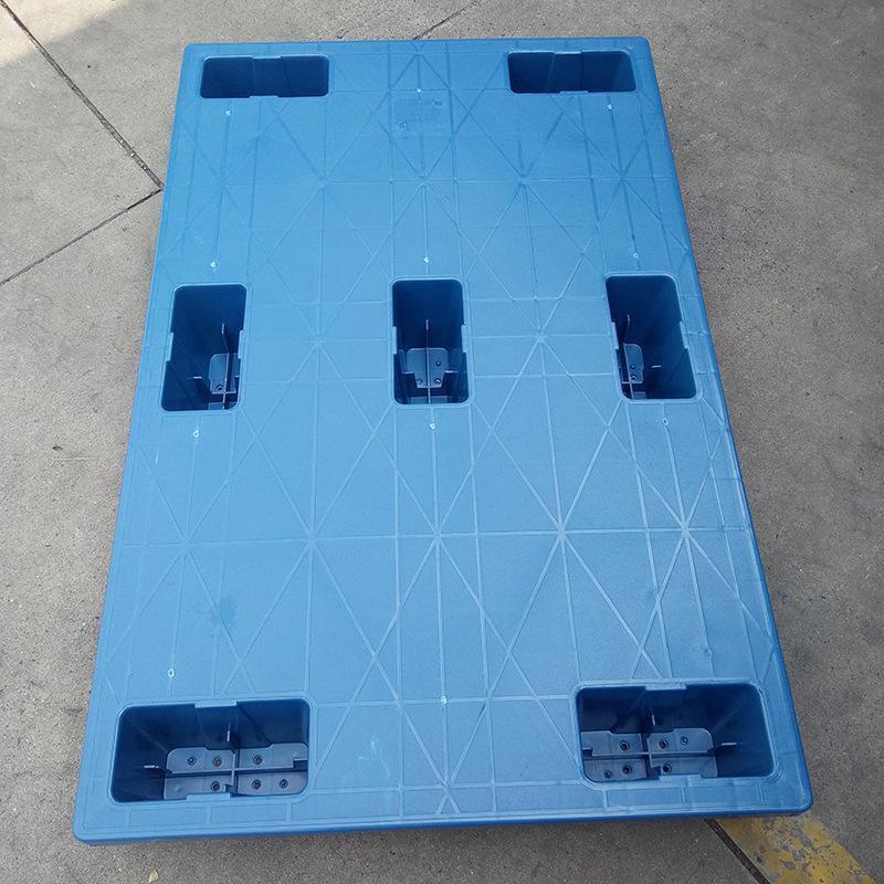 廠家直營平板塑料七腳托盤物流輕型卡棧板吹塑防衝擊塑料叉車托盤