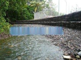利众镀锌河道治理格宾网  堤坝岸坡除险格宾挡墙   城市沟渠坡面景观建设锌铝合金覆塑格宾垫