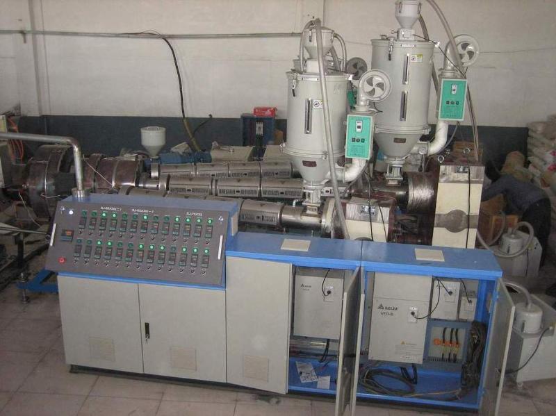 青岛隆昌捷PEPPPS多功能共挤复合管材生产线