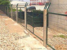 铁路防护围栏、高速铁路护栏网、铁路金属栅栏网片