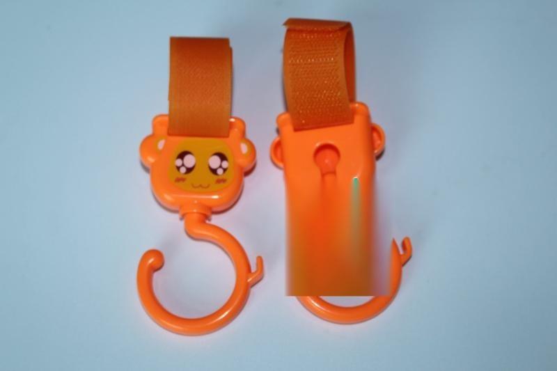 鴻益掛鉤 粘扣帶掛鉤嬰兒車掛鉤 通用嬰兒推車掛鉤配件360度大掛鉤傘車魔術貼掛鉤 2只