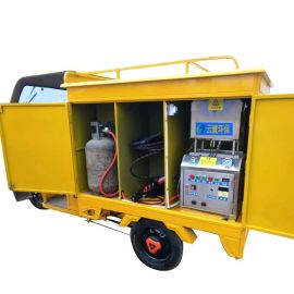 三轮车式蒸汽洗车机 流动60V封闭蒸汽洗车机 60斤蒸汽压力