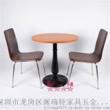 工厂供应高品质烤漆黑色西餐厅餐桌餐椅酒店餐厅快餐店等五金家具