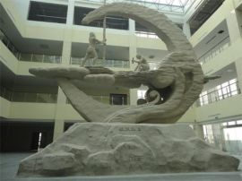 武冈西方人物石雕