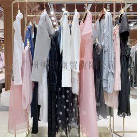 深圳**品牌折扣女装凝素经典大气夏装一手货源
