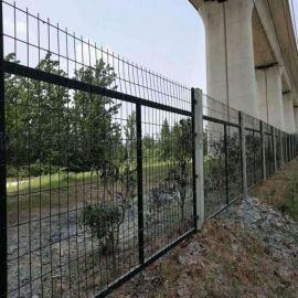 铁路护栏网  铁路隔离栅   铁路防护网
