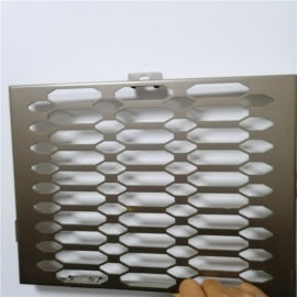 穿孔铝单板外墙吸音作用 冲孔金属铝板吸音效果