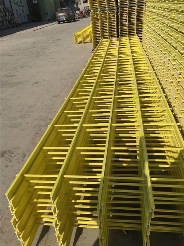 梯级式电缆桥架 霈凯桥架 玻璃钢桥架阻燃