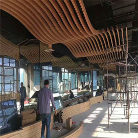 香港媒体格栅铝方管型材 茶餐厅仿木纹吊顶铝格栅方管