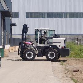 一体越野式山地叉车 四驱柴油5吨多功能四轮搬运车