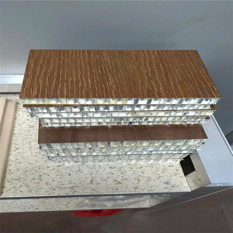 0.8底铝合金蜂窝板 1.0板面铝蜂窝板厂家