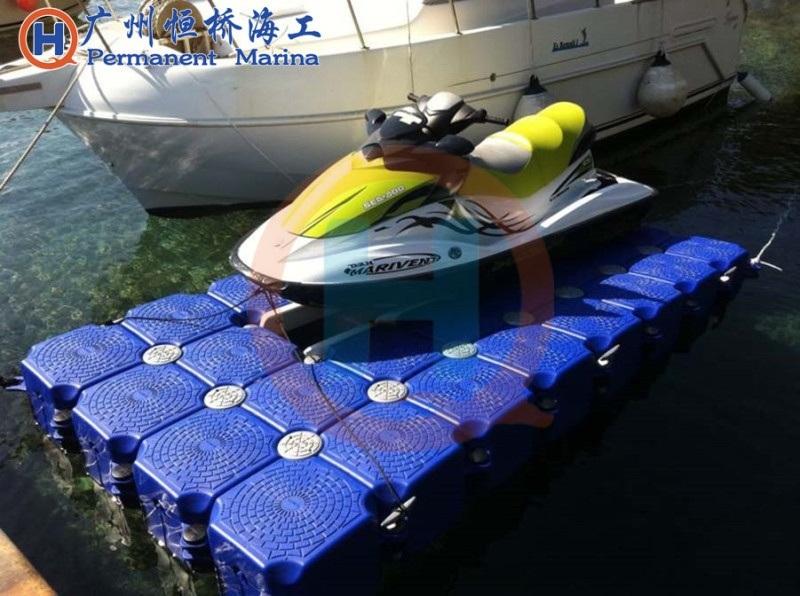 水上浮筒平台摩托艇泊位景观浮桥塑料浮筒平台