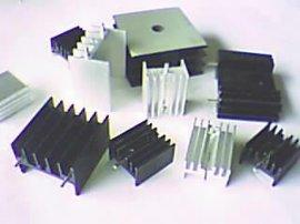 铝质材料散热片