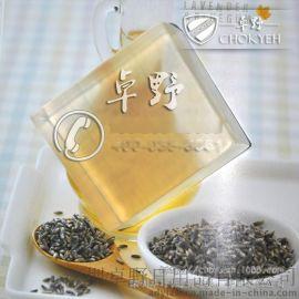 水晶植物甘油透明皂基是一种外观整体通透、清澈的手工皂基础材料