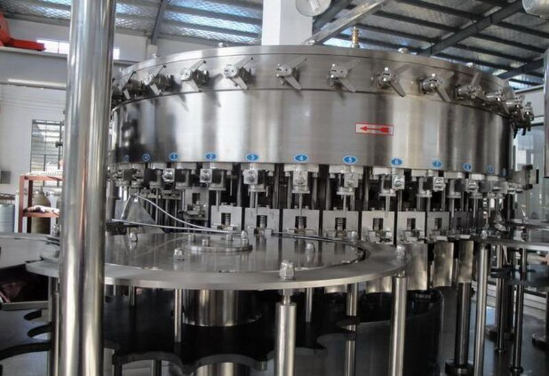 全自动三合一 含气饮料灌装机 碳酸饮料灌装机械生产线