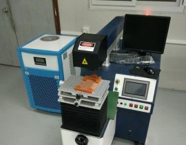 手机电池光纤传输激光焊接机 全自动模具补焊厂家