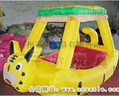 江蘇南通廣場四輪充氣電瓶車  雙座氣模彩燈電瓶車價格